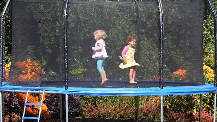 Best Trampoline For Kids 2017- Our Top 5 Picks